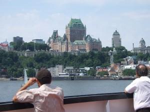 ケベック・シティーのホテル、シャトー・フロンテナック。フェリーから撮影。