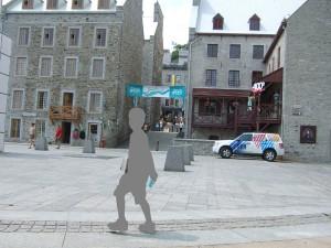 ケベック・シティーのLower Townを歩く子供。