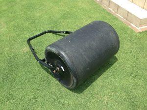 バロネスの芝生専用転圧ローラー