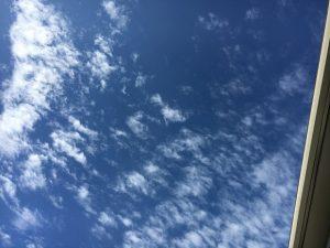 2016年10月11日の午前中の空。