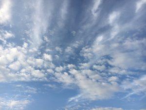 2016年11月20日の朝の空。
